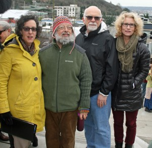 Barbara Gray (SDOT), Artist Mauricio Robalino, Chuck Weinstock (JPMorgan Chase) and Anne Fiske Zuniga took part in opening ceremonies at the new Tenth Ave. S. Hillclimb.